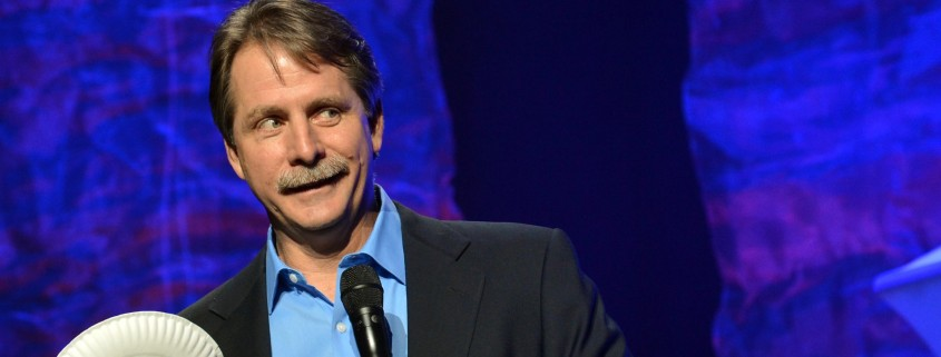 Jeff Foxworthy paint the exterior of your hosue